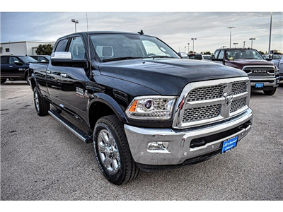 2018 Ram 3500 Crew Cab 4x4,  Pickup #JG140750 - photo 3