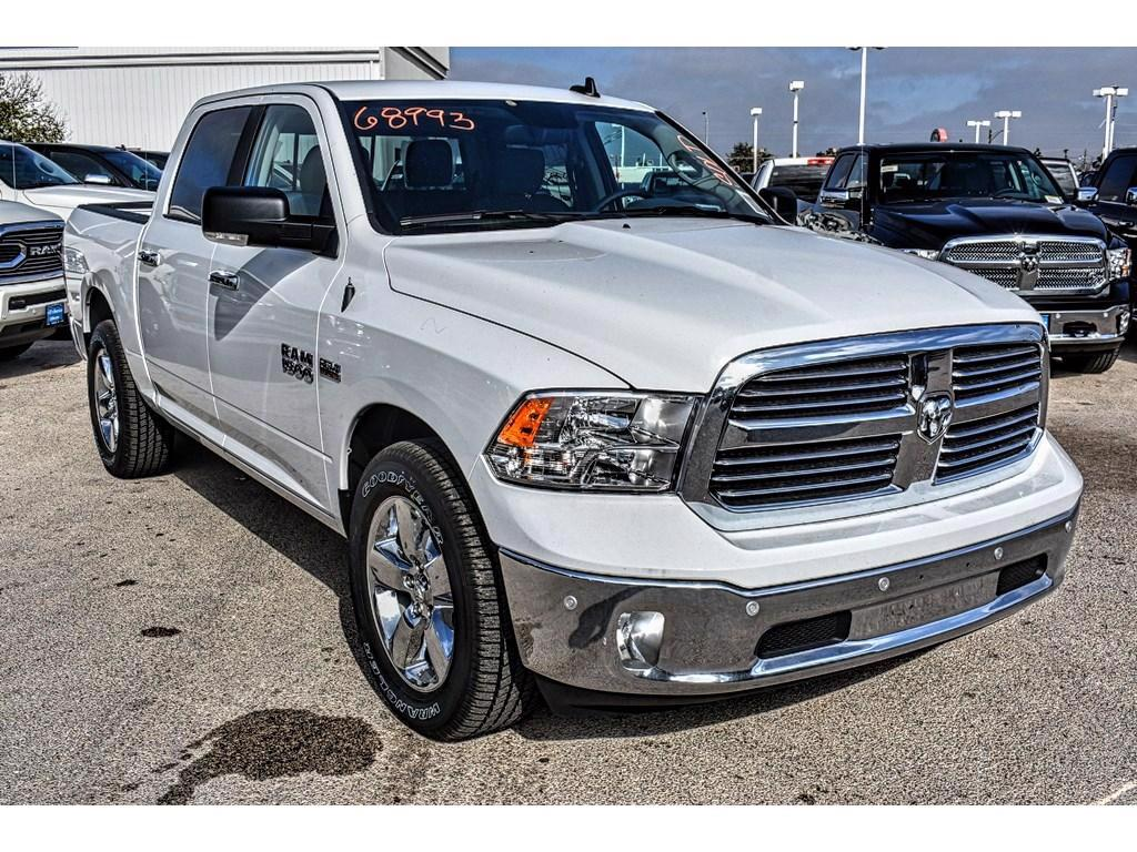 2018 Ram 1500 Crew Cab, Pickup #JG145936 - photo 3