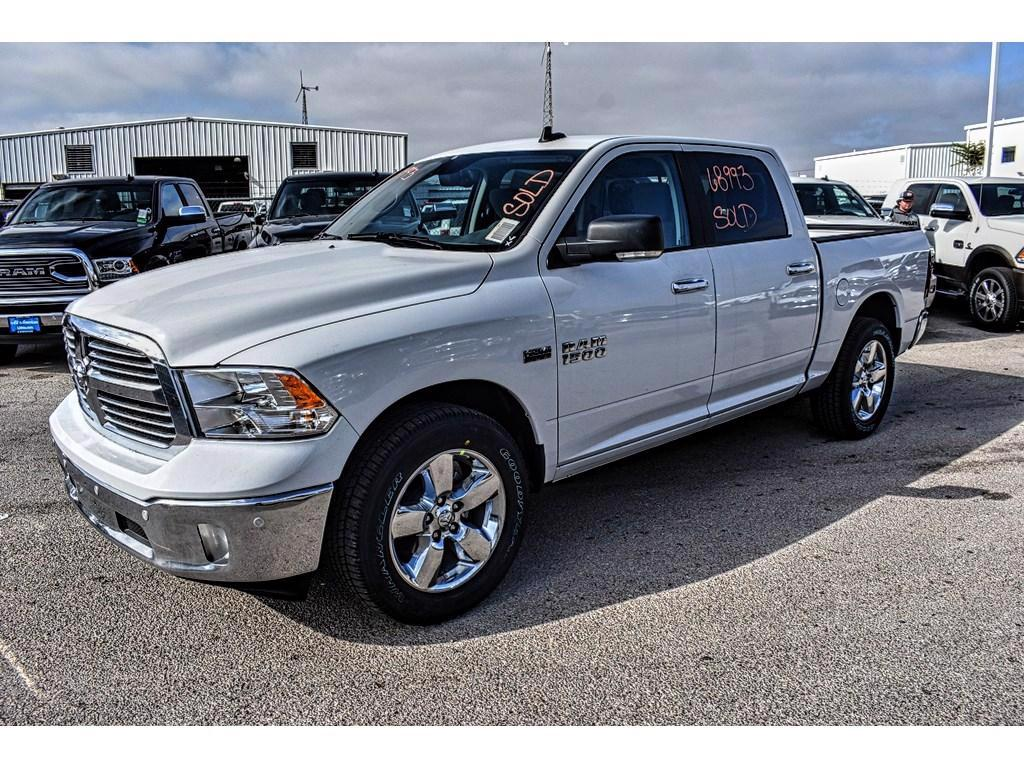 2018 Ram 1500 Crew Cab, Pickup #JG145936 - photo 6