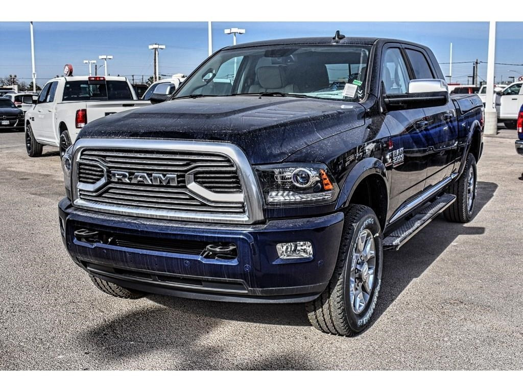 2018 Ram 2500 Mega Cab 4x4, Pickup #JG166468 - photo 5