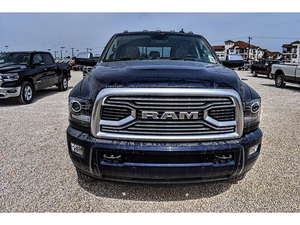 2018 Ram 3500 Mega Cab DRW 4x4,  Pickup #JG221681 - photo 4