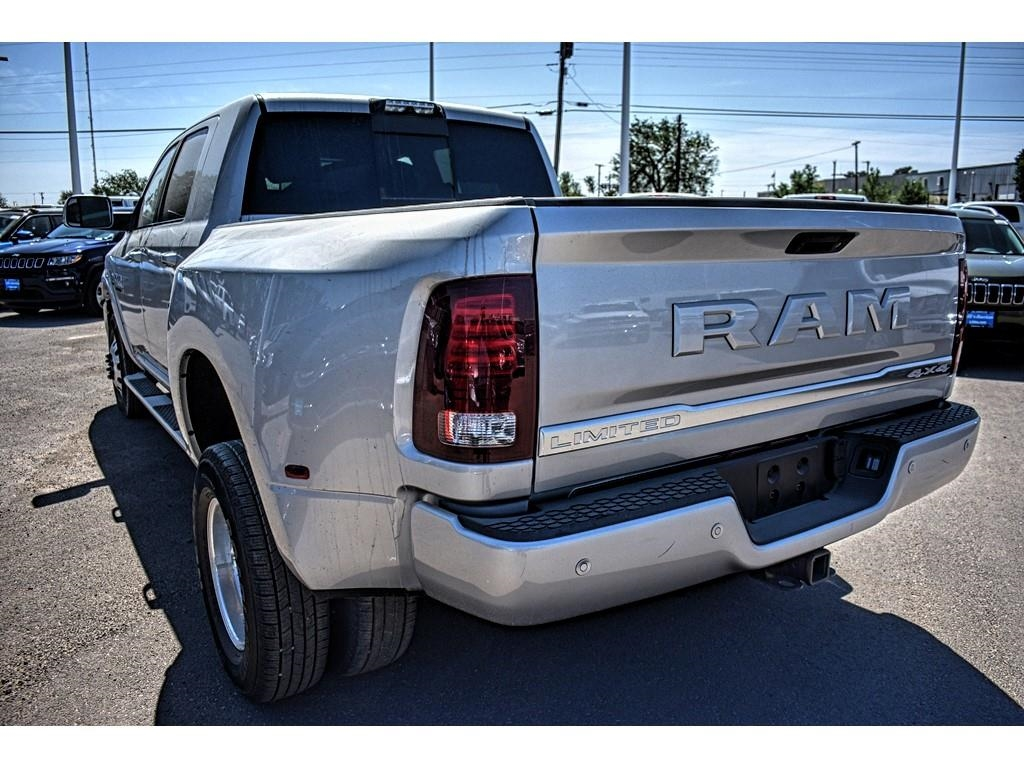 2018 Ram 3500 Mega Cab DRW 4x4,  Pickup #JG221683 - photo 9
