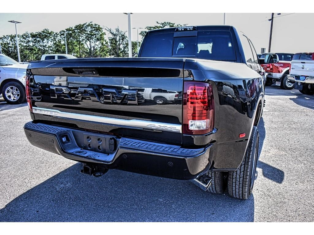 2018 Ram 3500 Mega Cab DRW 4x4,  Pickup #JG221684 - photo 11