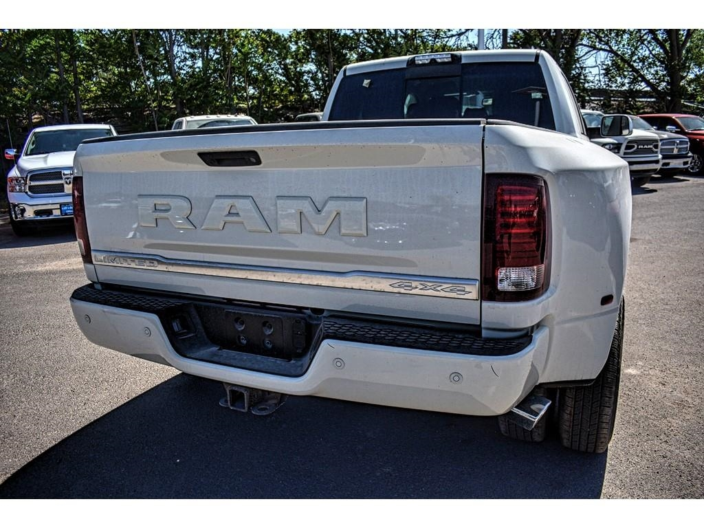 2018 Ram 3500 Mega Cab DRW 4x4, Pickup #JG221685 - photo 11