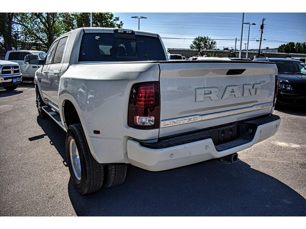 2018 Ram 3500 Mega Cab DRW 4x4, Pickup #JG221685 - photo 9