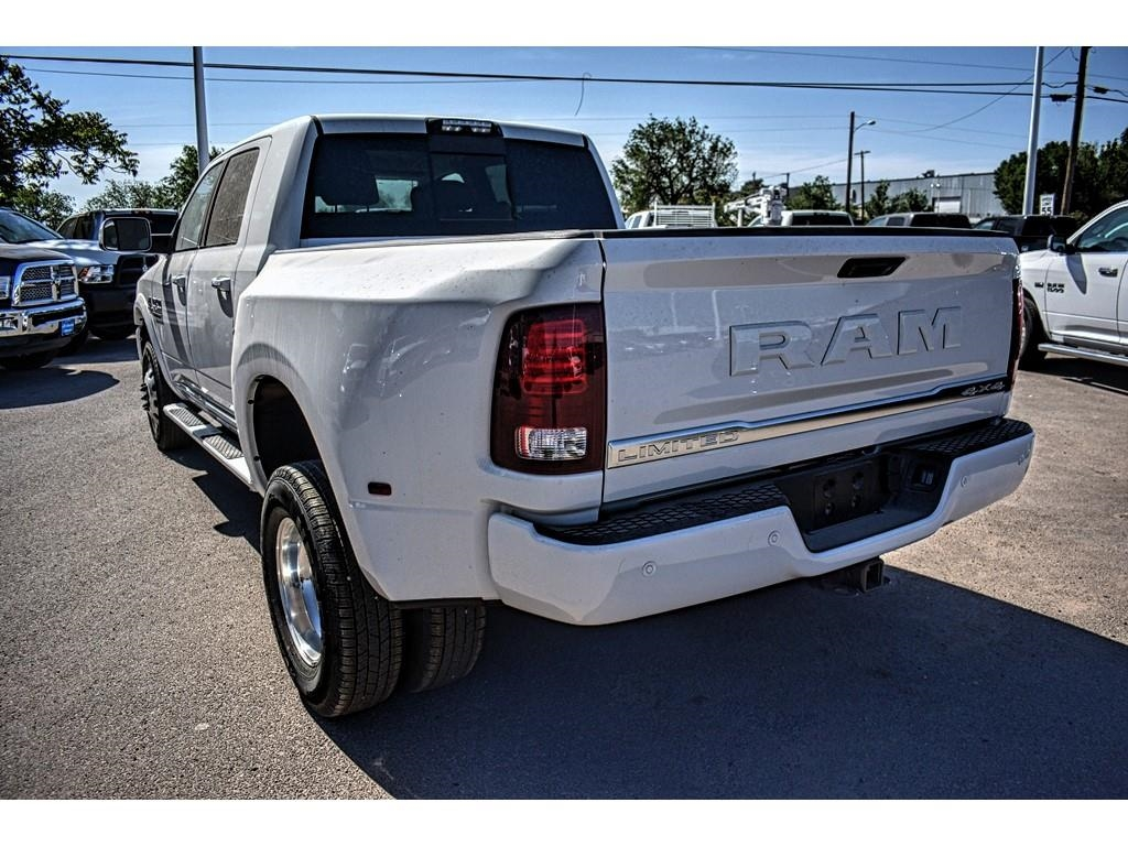 2018 Ram 3500 Mega Cab DRW 4x4, Pickup #JG229226 - photo 9