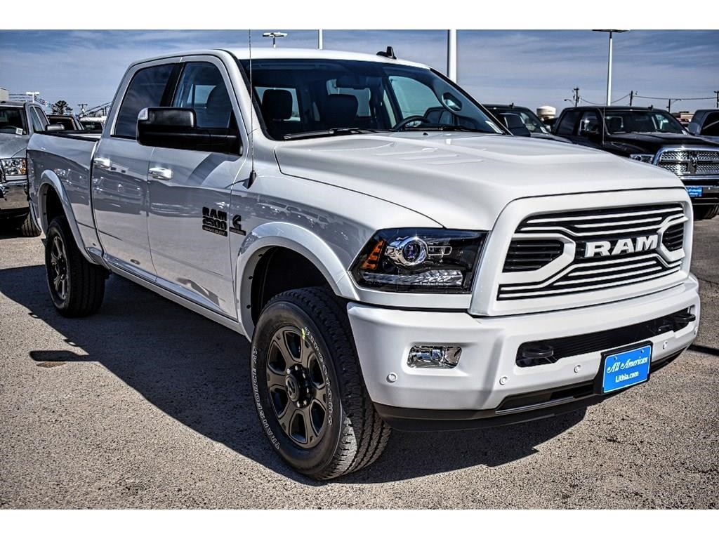 2018 Ram 2500 Crew Cab 4x4, Pickup #JG232395 - photo 3