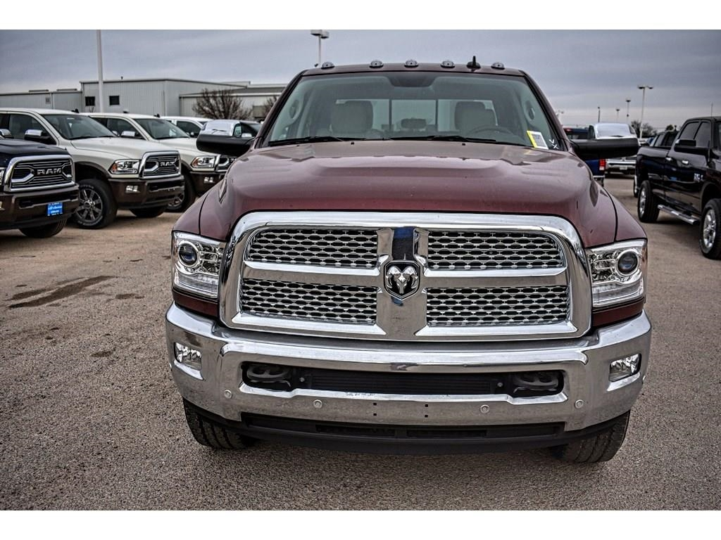 2018 Ram 2500 Crew Cab 4x4, Pickup #JG232401 - photo 4