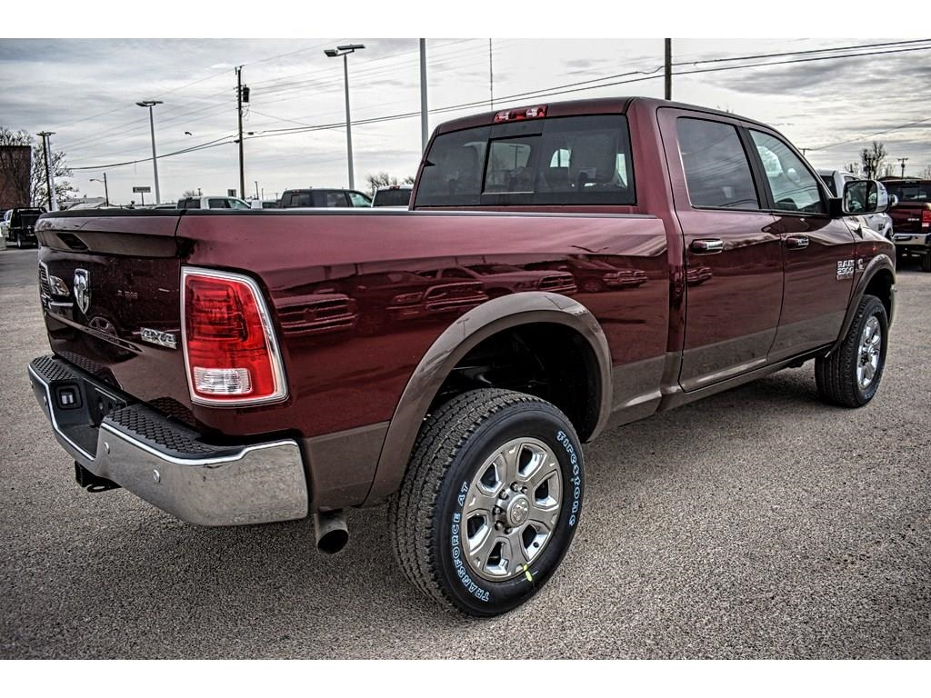 2018 Ram 2500 Crew Cab 4x4, Pickup #JG232401 - photo 2