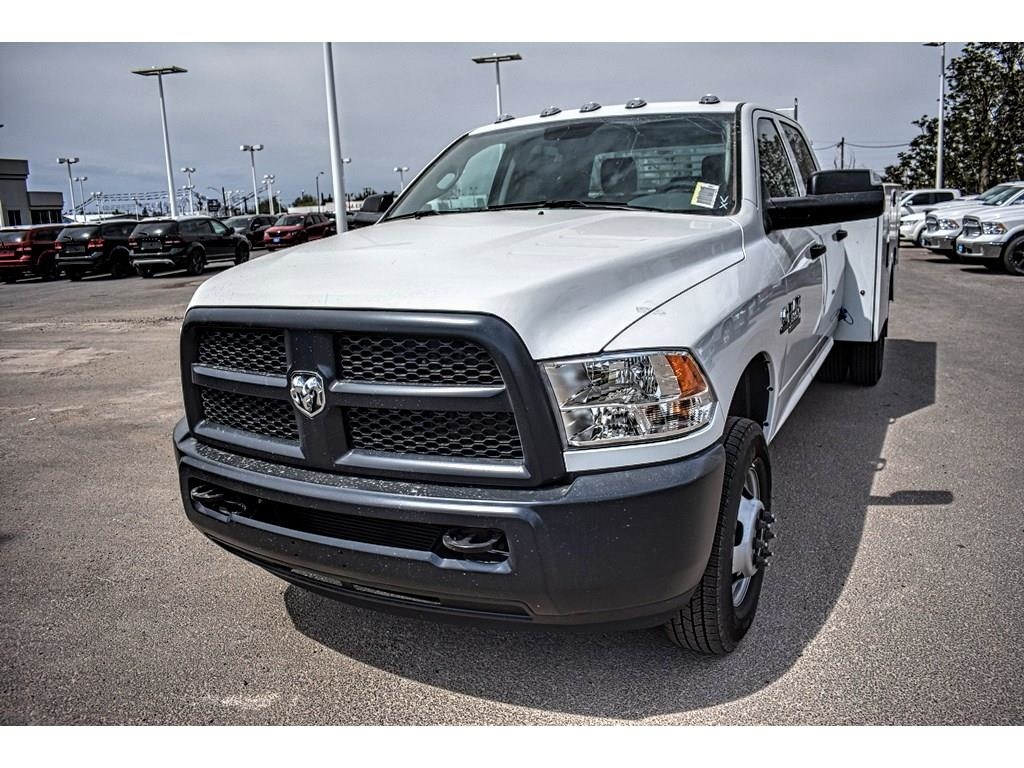 2018 Ram 3500 Crew Cab DRW 4x4, Service Body #JG236879 - photo 5