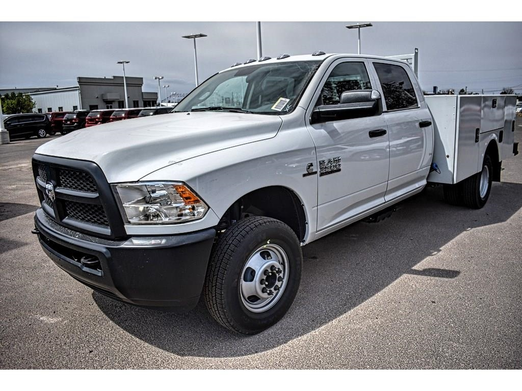2018 Ram 3500 Crew Cab DRW 4x4, Service Body #JG236879 - photo 6