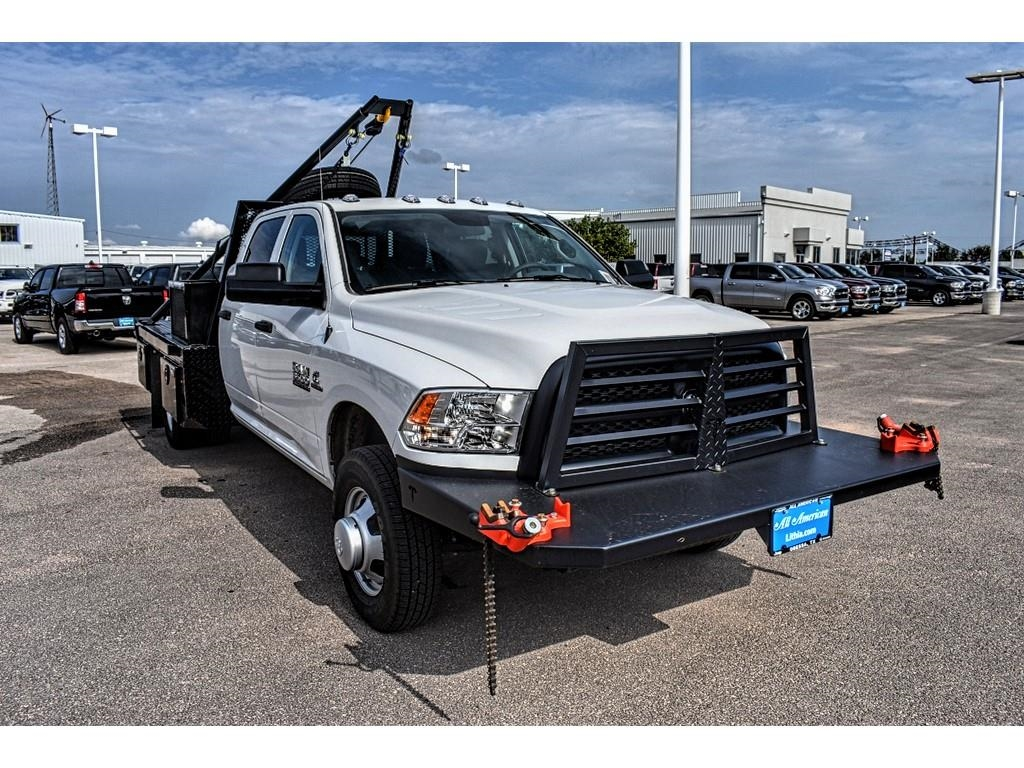 2018 Ram 3500 Crew Cab DRW 4x4,  Hooklift Body #JG239527 - photo 3
