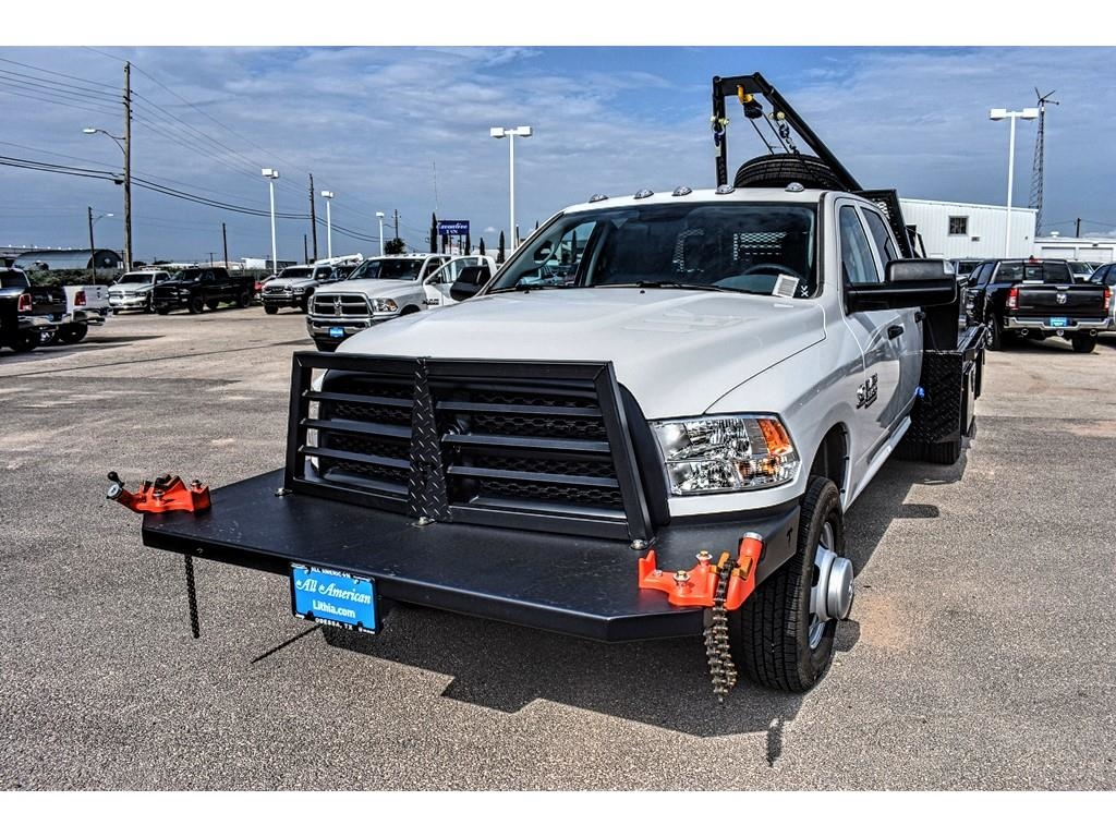 2018 Ram 3500 Crew Cab DRW 4x4,  Hooklift Body #JG239527 - photo 5