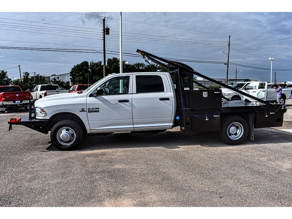 2018 Ram 3500 Crew Cab DRW 4x4,  Hooklift Body #JG239527 - photo 7