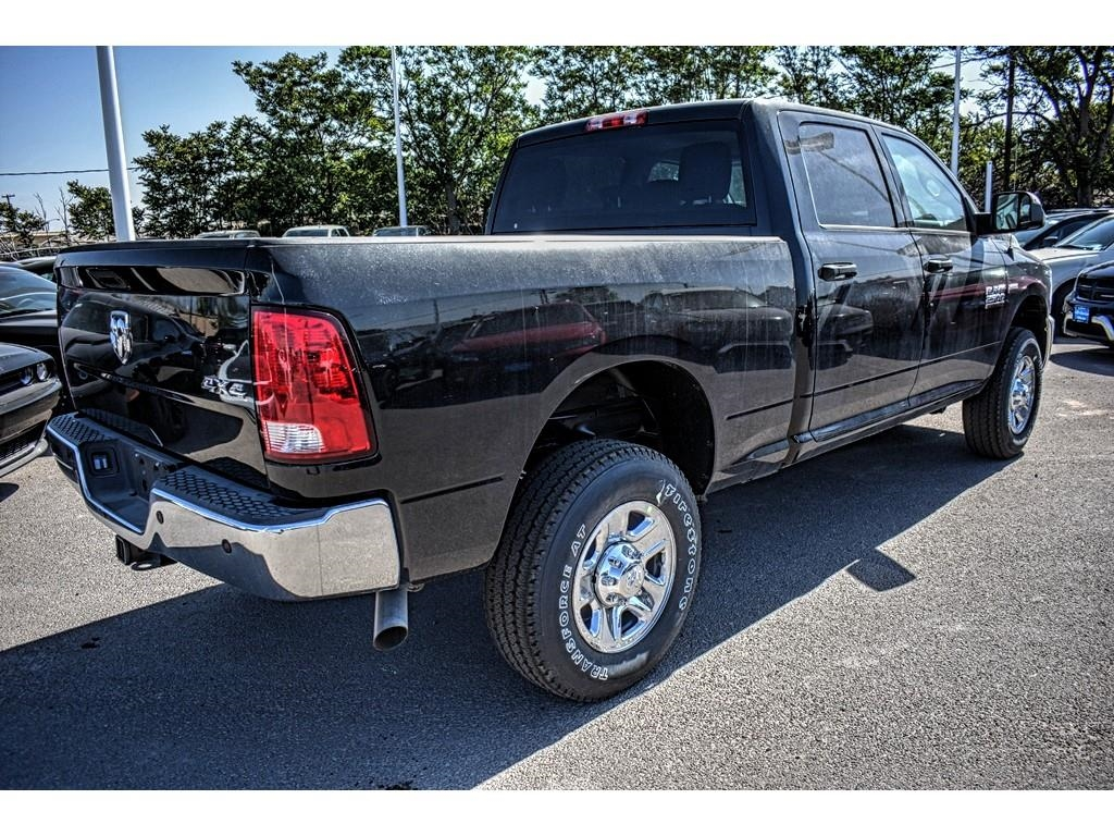 2018 Ram 2500 Crew Cab 4x4, Pickup #JG256003 - photo 2