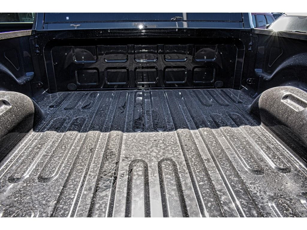 2018 Ram 2500 Crew Cab 4x4, Pickup #JG256003 - photo 15