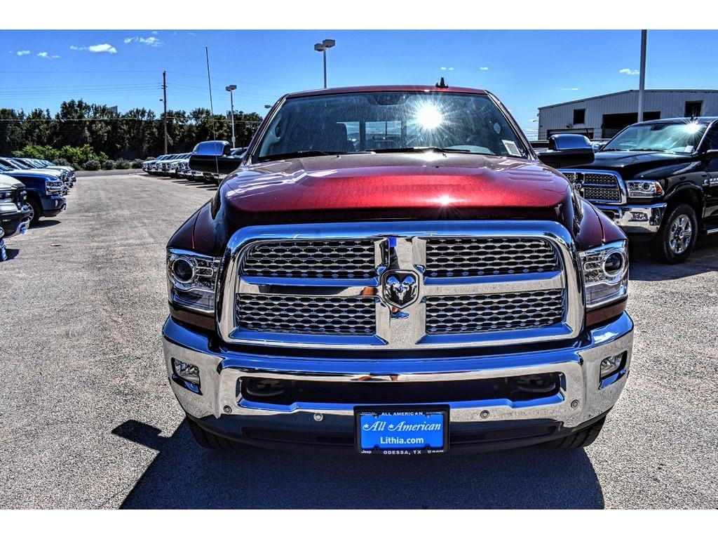 2018 Ram 3500 Crew Cab 4x4,  Pickup #JG353915 - photo 4