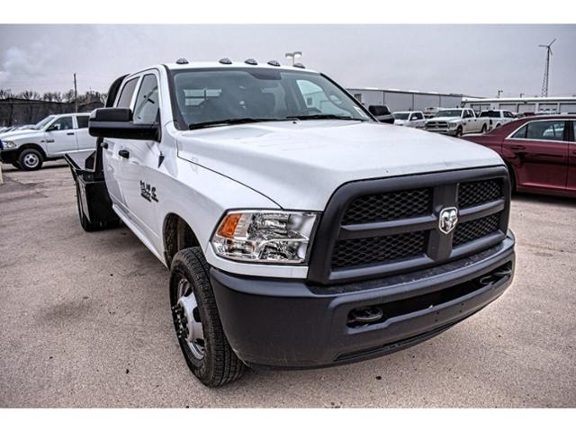 2018 Ram 3500 Crew Cab DRW 4x4,  Platform Body #JG394838 - photo 3