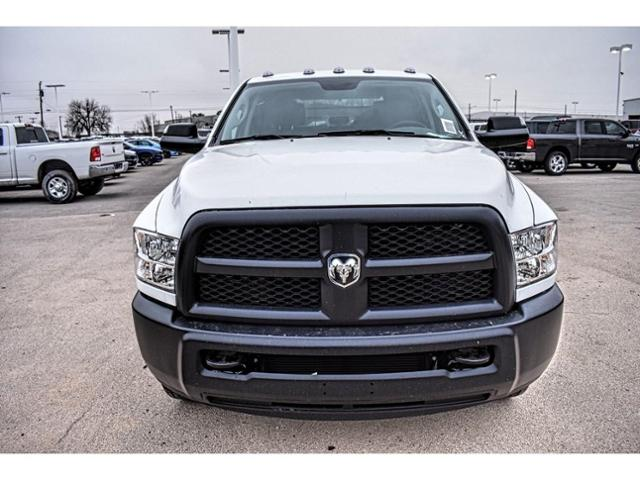 2018 Ram 3500 Crew Cab DRW 4x4,  Platform Body #JG394839 - photo 4