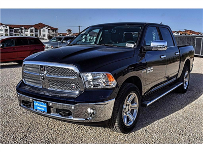 2018 Ram 1500 Crew Cab 4x4, Pickup #JS128782 - photo 5