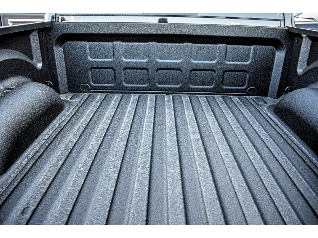 2018 Ram 1500 Crew Cab, Pickup #JS143507 - photo 19