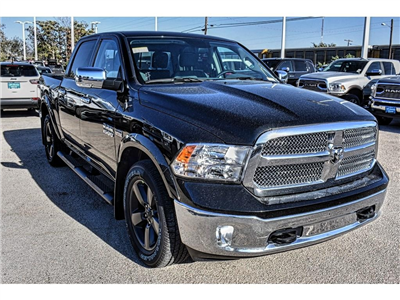 2018 Ram 1500 Crew Cab Pickup #JS149862 - photo 3