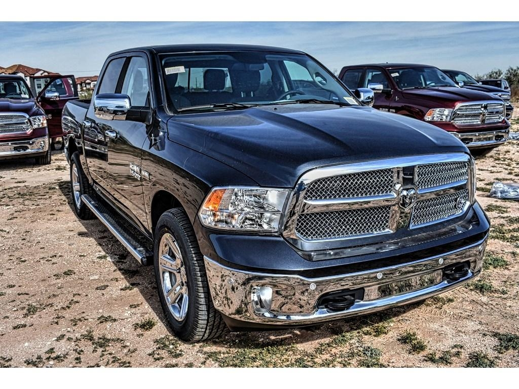 2018 Ram 1500 Crew Cab, Pickup #JS155238 - photo 3