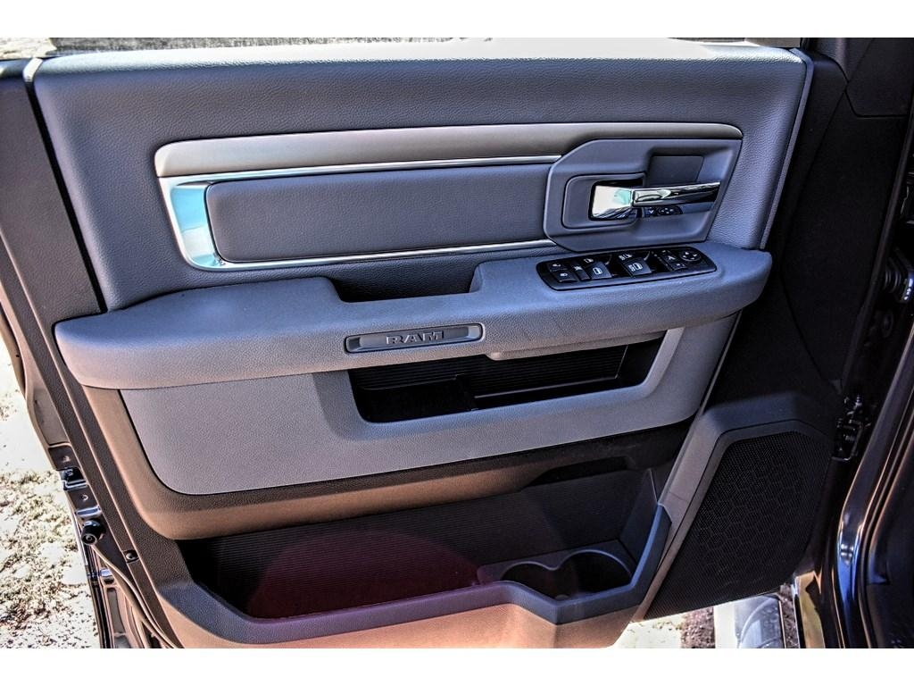 2018 Ram 1500 Crew Cab, Pickup #JS155238 - photo 18