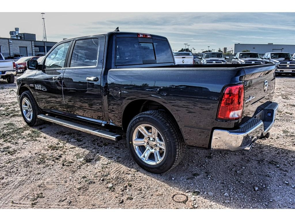 2018 Ram 1500 Crew Cab, Pickup #JS155238 - photo 8