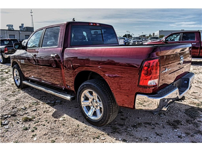 2018 Ram 1500 Crew Cab, Pickup #JS161025 - photo 9