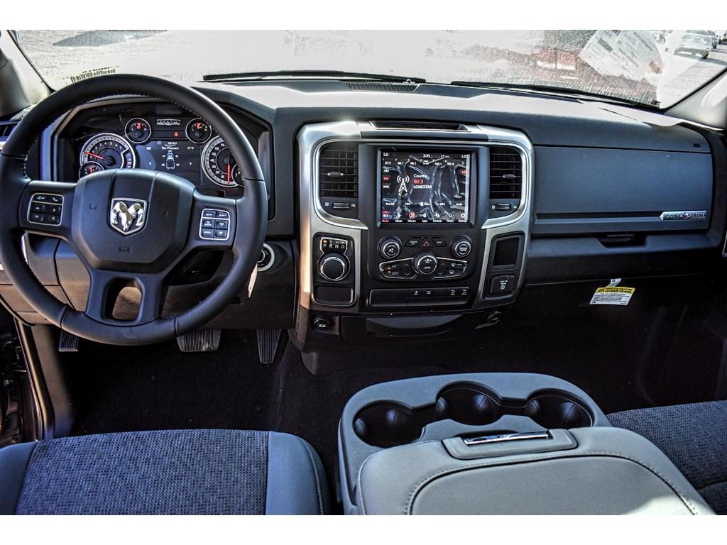 2018 Ram 1500 Crew Cab, Pickup #JS161030 - photo 17