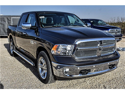 2018 Ram 1500 Crew Cab Pickup #JS161030 - photo 3