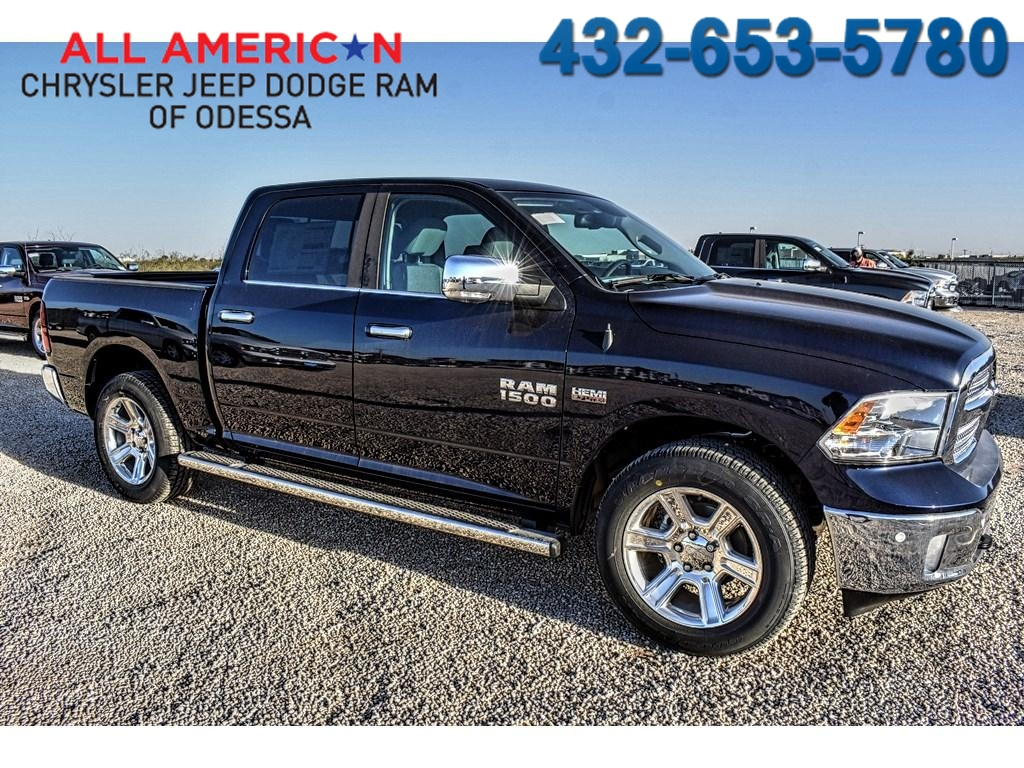 2018 Ram 1500 Crew Cab Pickup #JS161033 - photo 1