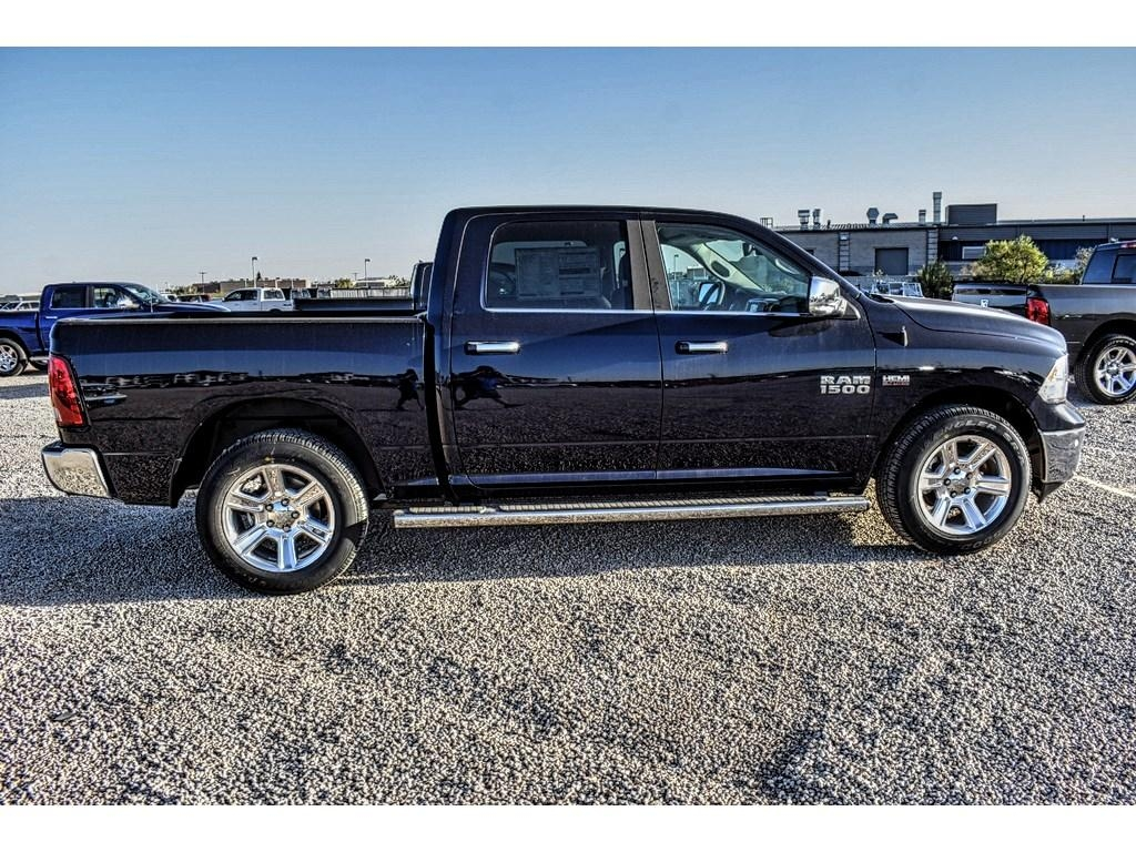 2018 Ram 1500 Crew Cab Pickup #JS161033 - photo 14