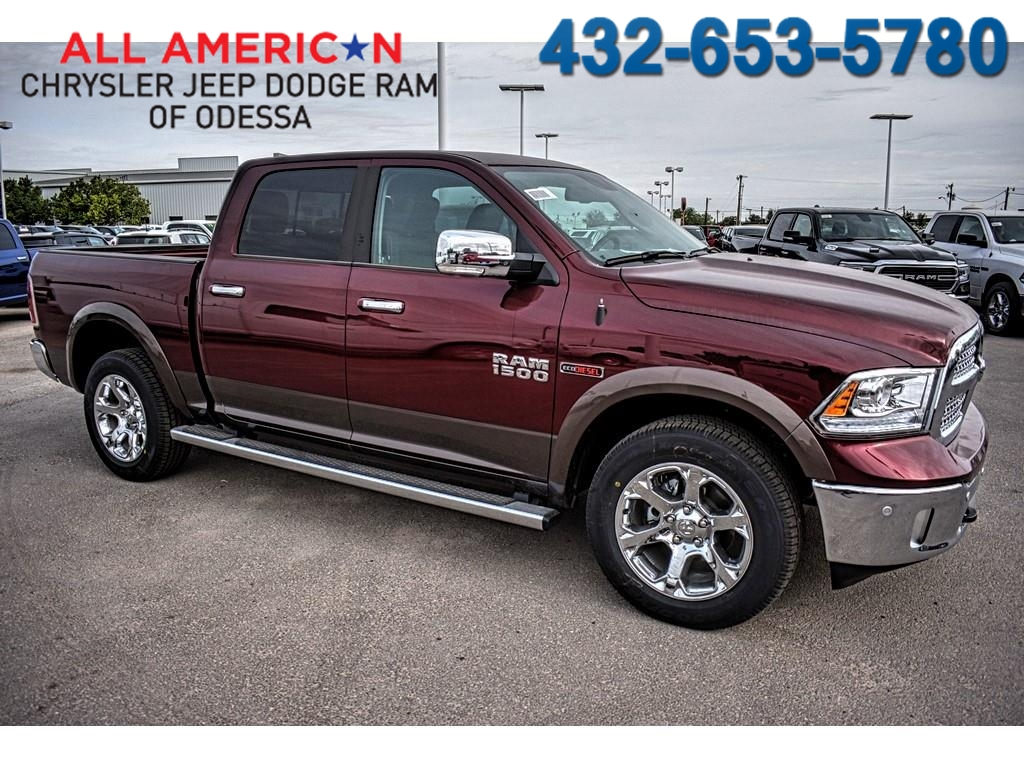 2018 Ram 1500 Crew Cab 4x4, Pickup #JS231899 - photo 1