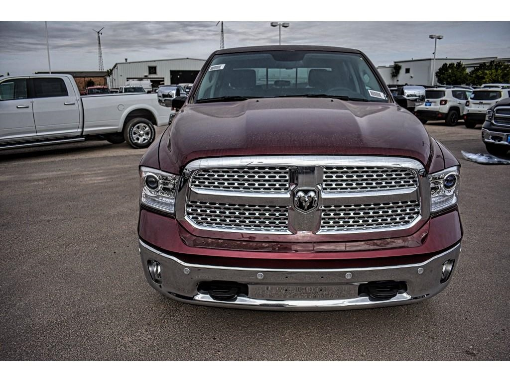 2018 Ram 1500 Crew Cab 4x4, Pickup #JS231899 - photo 4