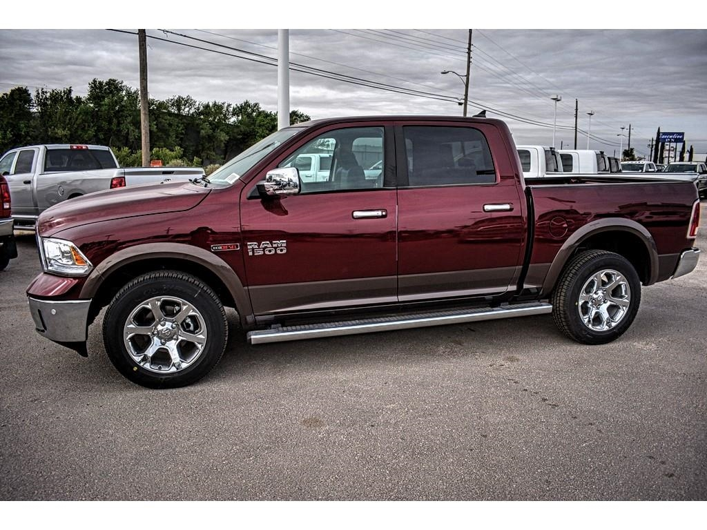 2018 Ram 1500 Crew Cab 4x4, Pickup #JS231899 - photo 7