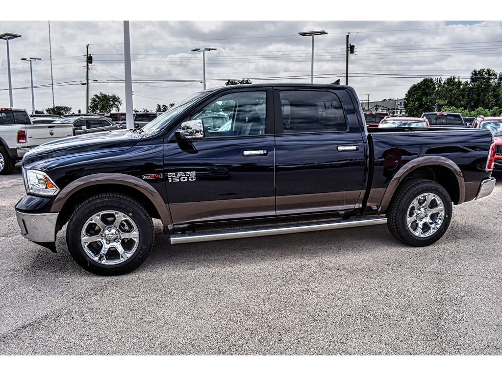 2018 Ram 1500 Crew Cab 4x4, Pickup #JS231903 - photo 7
