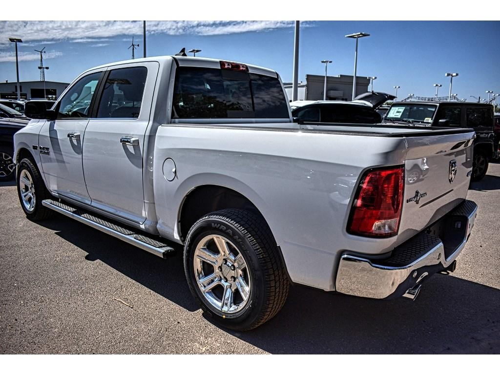 2018 Ram 1500 Crew Cab 4x4, Pickup #JS267808 - photo 8