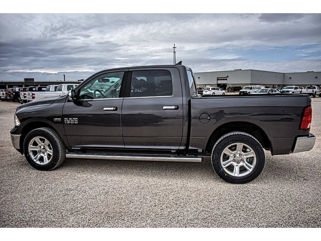 2018 Ram 1500 Crew Cab 4x4, Pickup #JS267813 - photo 7