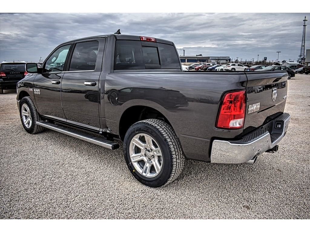 2018 Ram 1500 Crew Cab 4x4, Pickup #JS267813 - photo 8