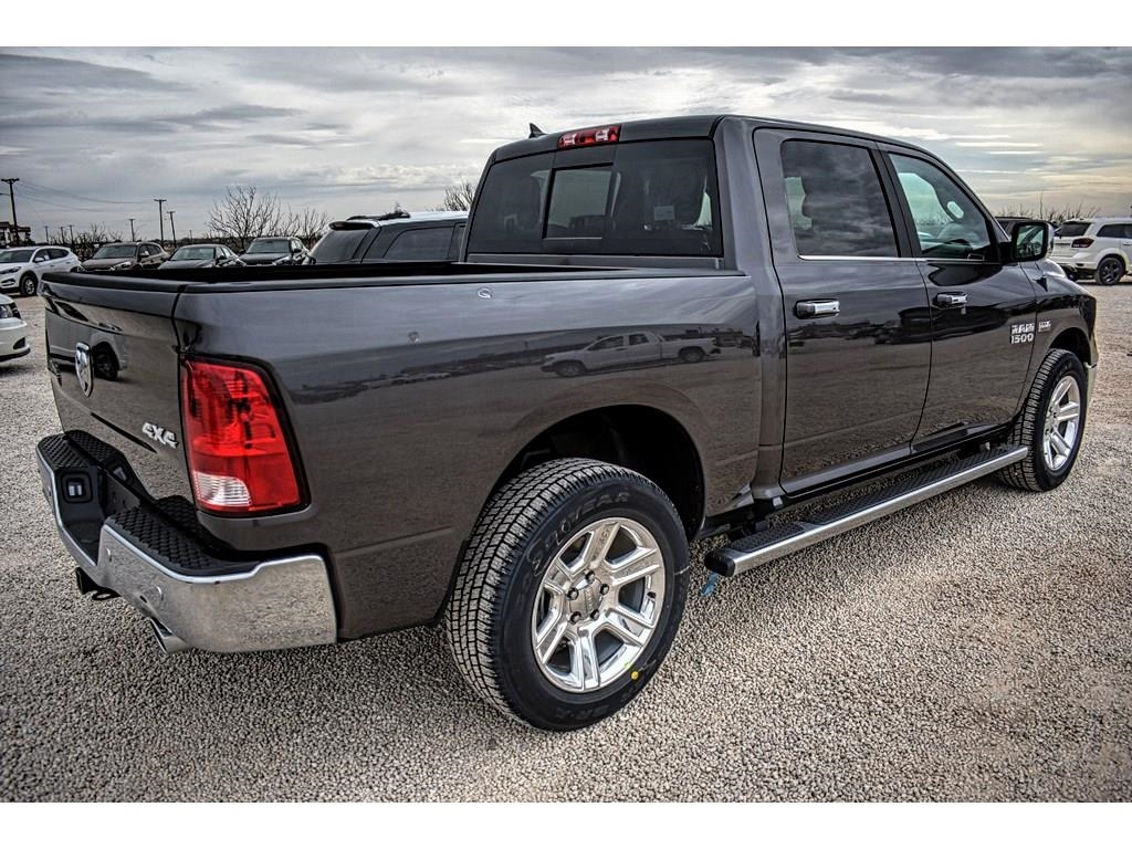 2018 Ram 1500 Crew Cab 4x4, Pickup #JS267813 - photo 2