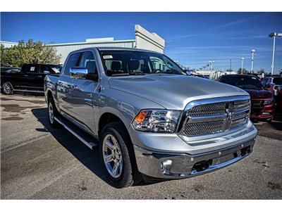 2018 Ram 1500 Crew Cab 4x4, Pickup #JS268575 - photo 3