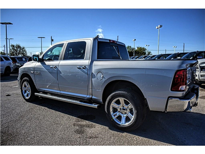 2018 Ram 1500 Crew Cab 4x4, Pickup #JS268575 - photo 8