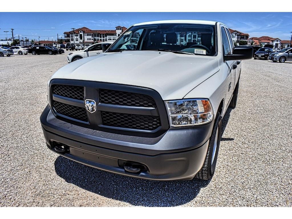 2018 Ram 1500 Quad Cab 4x4,  Pickup #JS331785 - photo 5