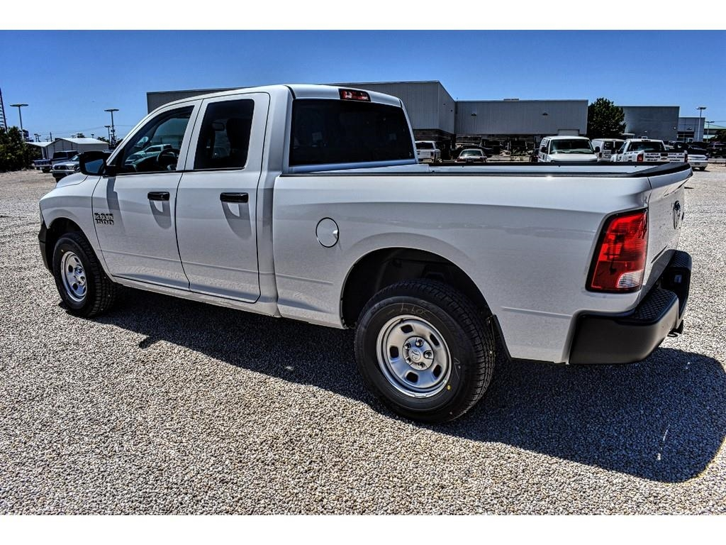 2018 Ram 1500 Quad Cab 4x4,  Pickup #JS331785 - photo 8