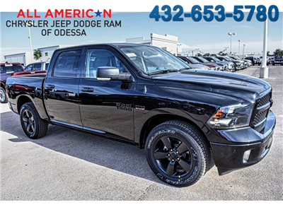 2018 Ram 1500 Crew Cab 4x2,  Pickup #JS333983 - photo 1