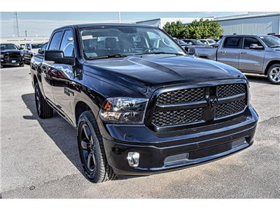 2018 Ram 1500 Crew Cab 4x2,  Pickup #JS333983 - photo 3