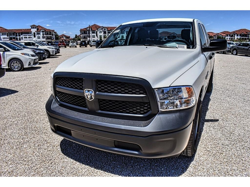 2018 Ram 1500 Quad Cab 4x4,  Pickup #JS352122 - photo 5