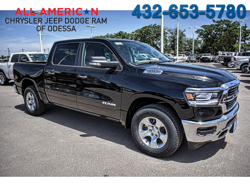 2019 Ram 1500 Crew Cab 4x2,  Pickup #KN509509 - photo 1